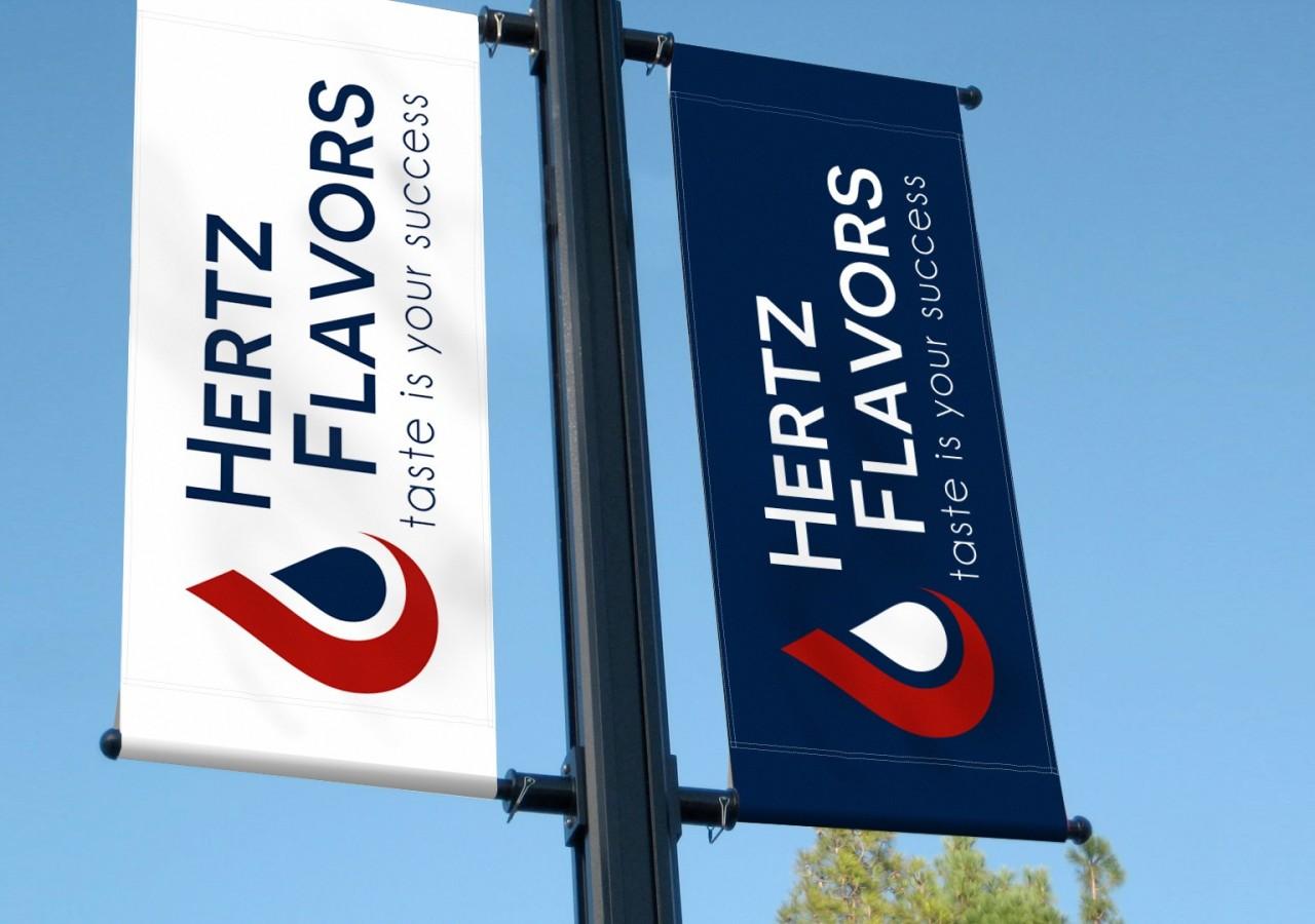 Flaggen mit Logo