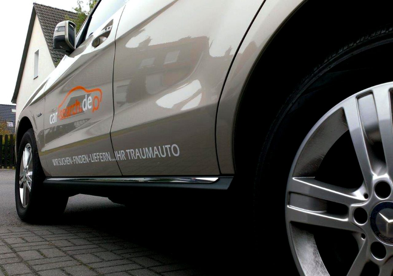 Autobeschriftung für Autokaufberater